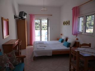 Bright studio with amazing view, Ierapetra