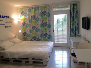 Coastolanyi B201 Apartment @Balaton, Balatonfured