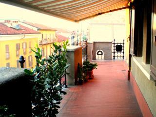 Attico centro storico con vista, Novara