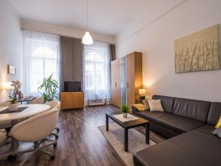 New York Café Apartment in City Center, Budapest