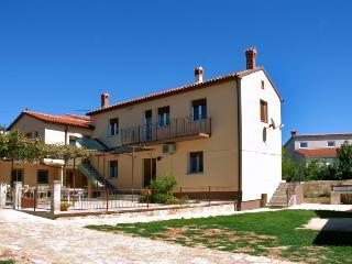 Villa Nino für 8 Personen mit Internet und Klima