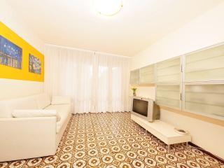 Central modern flat near the sea 80 mt Y, Bibione