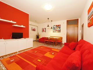 Central modern flat near the sea 80mt R, Bibione