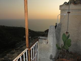 casa xvi secolo 4 km dal mare, Belmonte Calabro