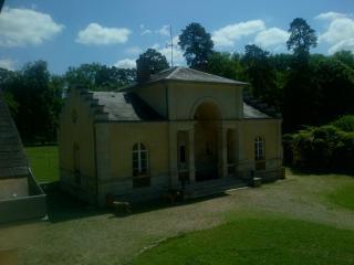 Chantilly ancien relais de chasse, Vineuil-Saint-Firmin