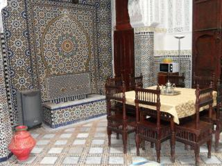DAR MARNIMA maison traditionnelle fassie, Fes