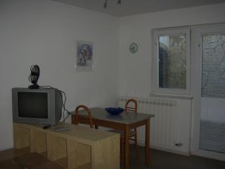 One room apartment, Koper