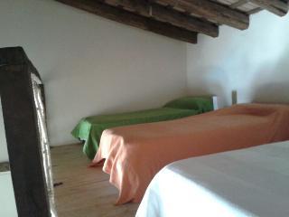 Duplex antiguas bodegas franciscanas., Cazalla de la Sierra