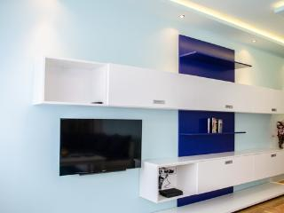 Blue Luxury Apartment