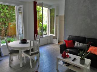 2 rooms apt with garden Paris Montmartre