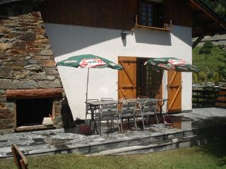 Cosy self catering chalet for 10 persons.