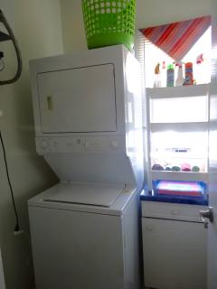 washer/dryer combo....