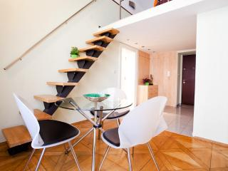 Legerova Corner apartment