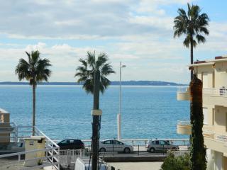 Appartement F2 bord de mer  Juan Les Pins, Juan-les-Pins
