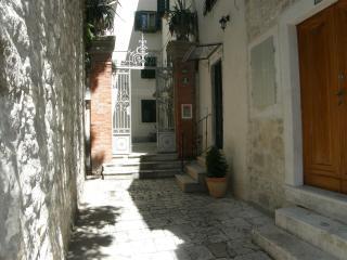Stone house Zvone in heart of Split