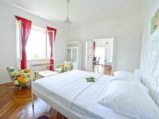 Lemon house apartment with charming garden, Dubrovnik