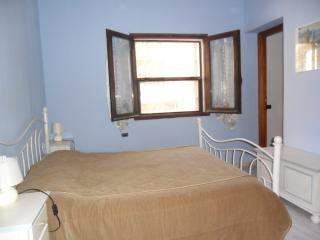 "Apartment ""Ginepro"" in three family villa, Sant'Antioco"