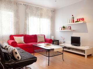 Mercat Antoni : 2 double bedrooms : wifi, elevator, Barcelona
