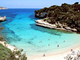 Cerca de las mejores calas en Mallorca, Santanyí