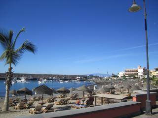 Apartamento familiar con balcón en Playa San Juan