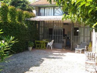 Maison & jardin privatif_Avignon prox remparts- Parking FACILE et GRATUIT