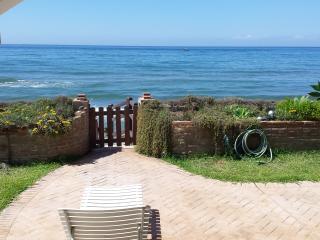 Casa Suzi, 1.Strandreihe  !!!, Marbella