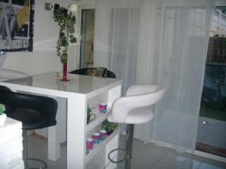 Appartement 100m2 terrasse et parking, Saint-Andre-de-la-Roche