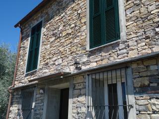 Casa Santa Lucia piano T, Diano Castello