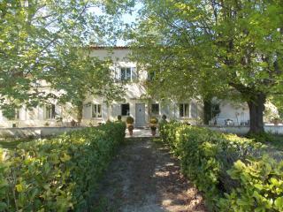 Bastide Provence, au pied du Luberon-30min Avignon, Caumont-sur-Durance