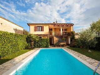 Charming villa Leon with pool!, Sveti Petar u Sumi