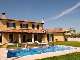 Exclusive and new villa Danelon near Porec!