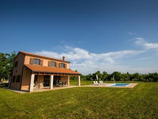 Luxury villa Maslina in Istria!, Baderna