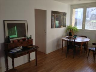 Duplex 100 m2 - 1080 sq ft, 4 chambres, Paris 18e