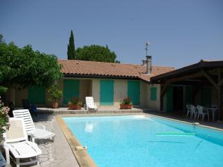 Maison avec piscine proche d'Uzès, Blauzac