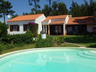 Casa rustica, com jardim e piscina privativa, Ericeira