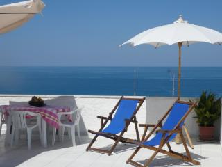 Fantastic sea views from large terrace, Tropea