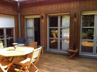 Maison renovee AVEC JARDIN AU COEUR DE BORDEAUX