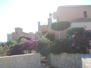 Luxury Detached Villa with beautiful Views of sea!, San Miguel de Salinas