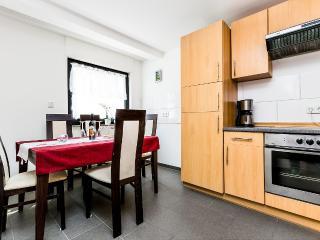 32 Ferienhaus Köln Bucheim, Colônia