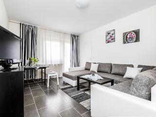 32b Apartments Buchheim, Colonia