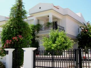 Ciftlikkoy Villa, Cesme