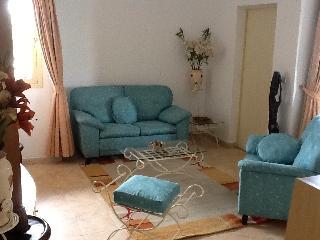 Bel appartement meuble et equipe