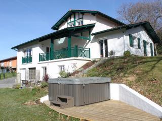 Maison proche Bayonne - SPA & grand terrain, Mouguerre
