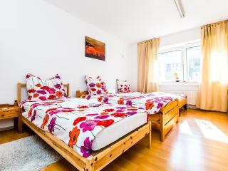 73 Apartments Mülheim, Colônia
