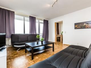 B18 Little Manhattan Apartments, Bergisch Gladbach