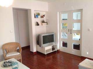 Two rooms, Cosy Apartment, Carcavelos