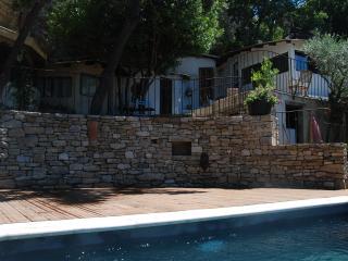 Maison de charme troglodyte avec piscine