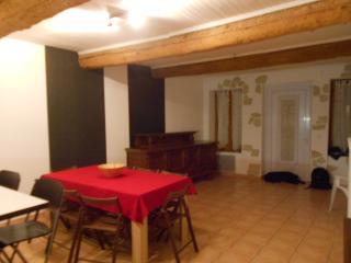 Maison de village, Thezan-des-Corbieres
