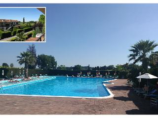 "Appartamento ""46"" a Lazise con giardino piscina e aria !!"