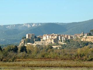 Maison de village de caractère en Provence,Lubéron. 5 personnes. 3 chambres., Lauris